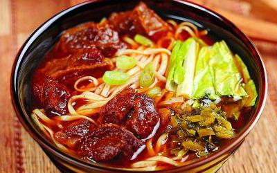 台灣 牛肉麵(牛肉ラーメン)
